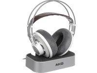 AKG K701 Tipo Headphone aberta  Max. Poder de entrada de 200 mW  largura de banda de freqüência de áudio 10-39.800 Hz  fones de sensibilidade 105 dB SPL / V  Impedância ...