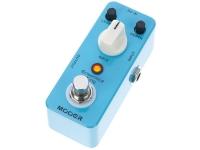 Mooer Ensemble King O pedal Mooer Ensemble King Chorus é um pedal de efeito chorus extremamente simples de usar que fornece sensação agradável, timbre limpo com estilo excêntrico e circuito totalmente analó...
