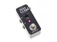 Mooer Micro ABY Box MKII Mooer Micro ABY Box MKII  Seletor AB/Y e divisor de sinal  Seletor de modo A/B ou A&B para Y  Footswitch On/off  LED de estado (A: vermelho, B: azul, Y: rosa)  3 in-/s...