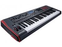 Novation Impulse 49 Impulse 49 da Novation é um teclado controlador MIDI USB com 49 teclas semi-pesadas com aftertouch atribuíveis. Ele foi projetado para se sentir como um instrumento e não um periférico de ...