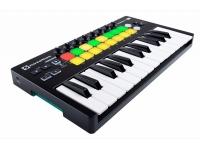 Novation Launchkey 25 MK2   Teclado controlador essencial para produção de música electrónica com Ableton Live.    Novation Launchkey 25 MK2 é um controlador MIDI de fácil utilização. Agora já �...