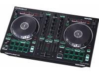 Roland DJ-202 O Roland DJ-202 é um controlador avançado de Serato DJ Intro que apresenta aos DJs as funcionalidades e o aspeto de um controlador profissional full-size numa unidade compacta e robusta. O c...